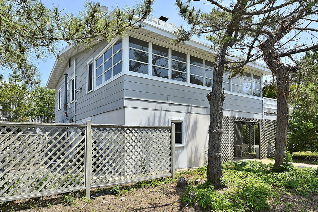 35 Dune Road, Middlesex Beach Delaware Rental Listing
