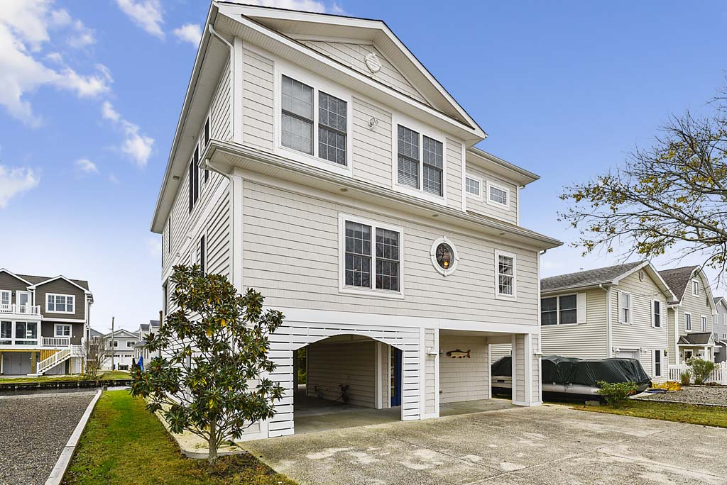 140 Henlopen Drive, South Bethany Delaware Rental Listing