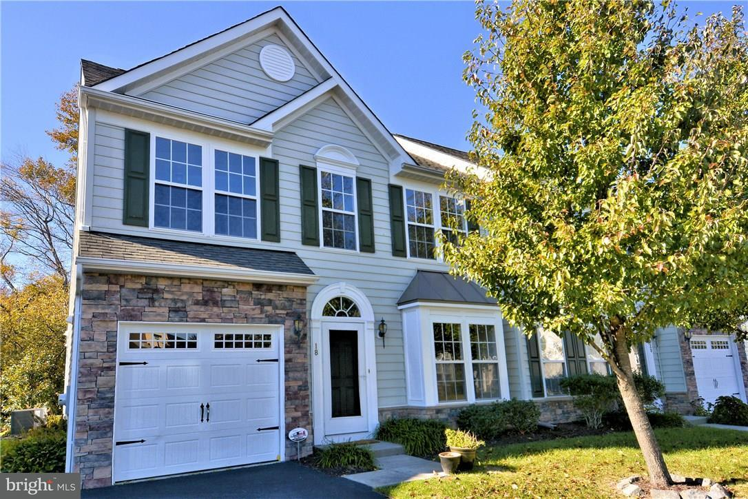 18 Daylily Ln   - Best of Northern Virginia Real Estate